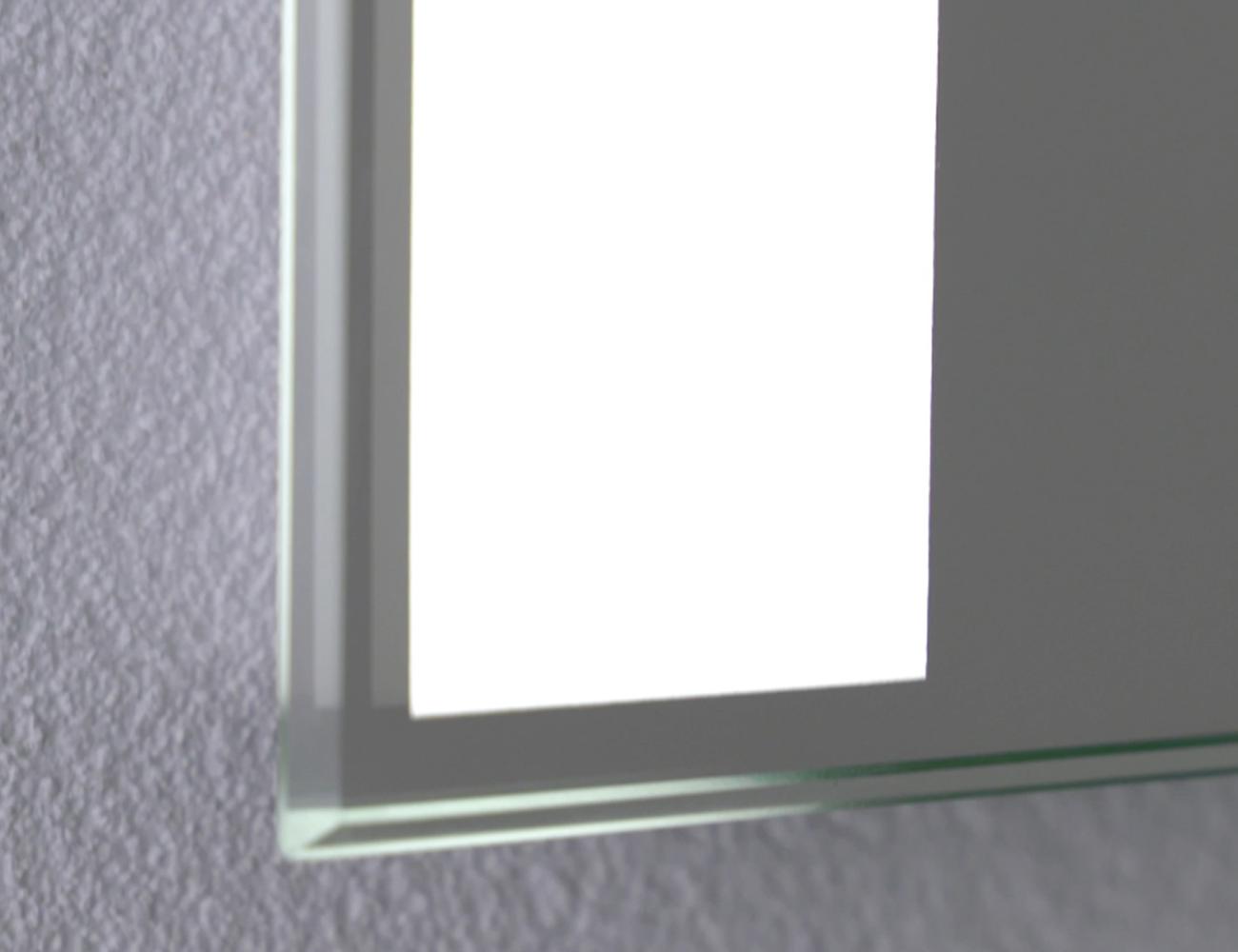 Mw close up uvc mirror task light@2x